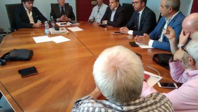 Photo of Ghelas, riunione in Municipio. Il Sindaco Greco incontra i sindacati ed una delegazione di lavoratori