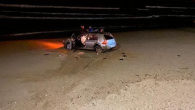 Photo of Auto finisce sulla spiaggia