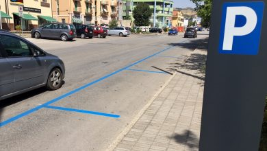 Photo of Da lunedì si pagano i parcheggi sulle strisce blu