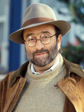 Photo of Lucio Dalla, otto anni fa ci lasciava il grande cantautore