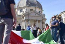 Photo of Lega in piazza contro il governo